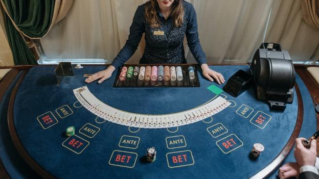 blackjack live frank casino